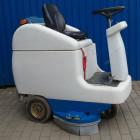 Podlahový sedící mycí stroj - Bateriový - SMILE 80/2 - BAZAR-bazar