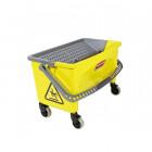 Úklidový vozík s ručním ždímačem